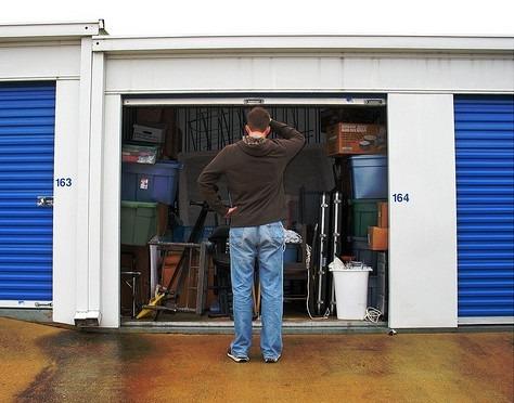 Organising a storage unit
